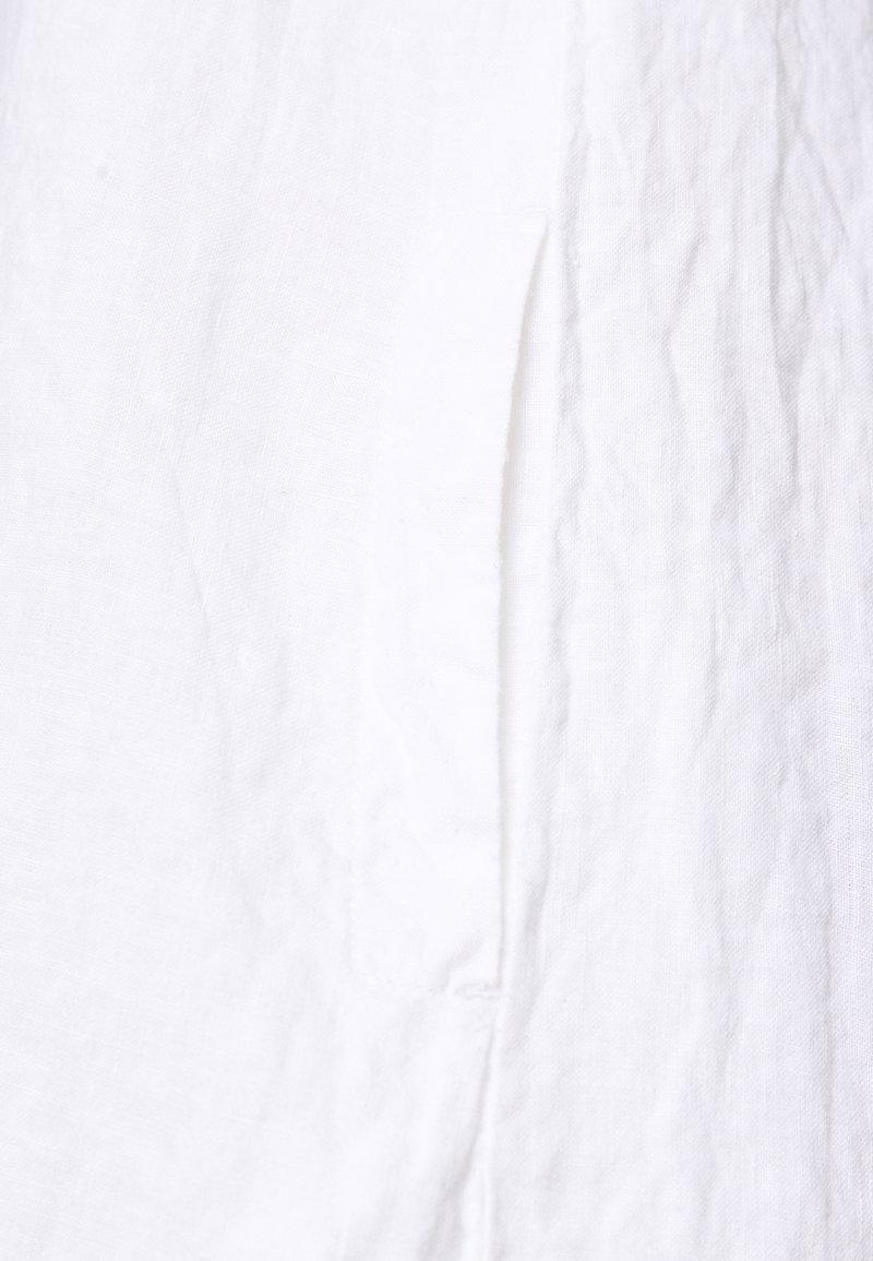 Marc O'Polo DRESS EASY STRAP STYLE DETAILED NECKLINE SUMMER LINE - Kjole - white