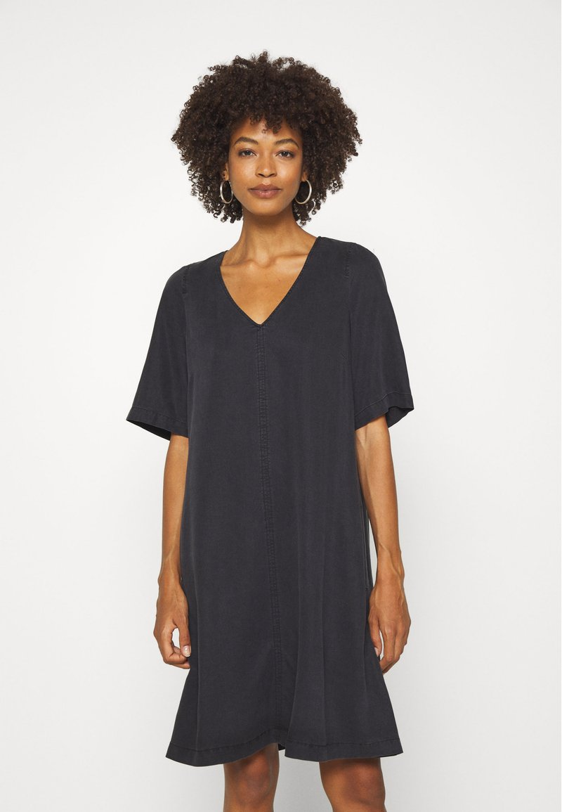 Marc O'Polo - DRESS FLARED A SHAPE V NECK - Day dress - breezy black