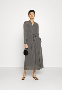 Marc O'Polo - DRESS LONG STYLE BELTED WAIST DETAILED NECKLINE - Vestido informal - black - 1