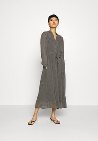 Marc O'Polo - DRESS LONG STYLE BELTED WAIST DETAILED NECKLINE - Vestido informal - black - 0