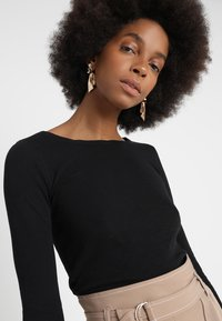 Marc O'Polo - LONGSLEEVE - Long sleeved top - black - 4