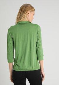 Marc O'Polo - PLACKET COLLAR - Poloshirt - green clover - 2
