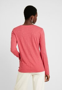 Marc O'Polo - LONG SLEEVE - Long sleeved top - berry smoothie - 2
