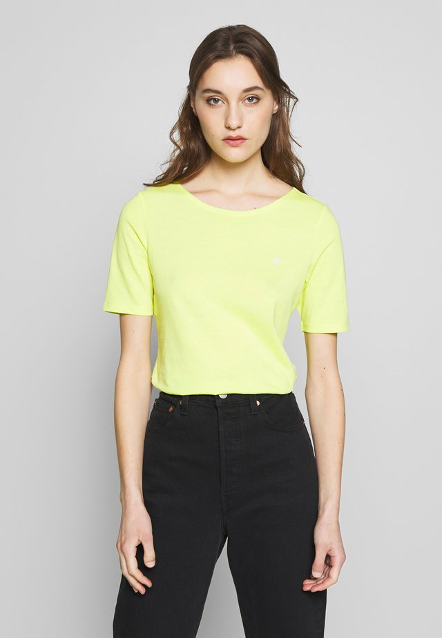 SHORT SLEEVE ROUNDNECK - T-shirt basic - juicy lime