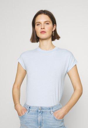 T-SHIRT, CUT-ON SLEEVE, HIGH-NECK - T-shirts - light blue