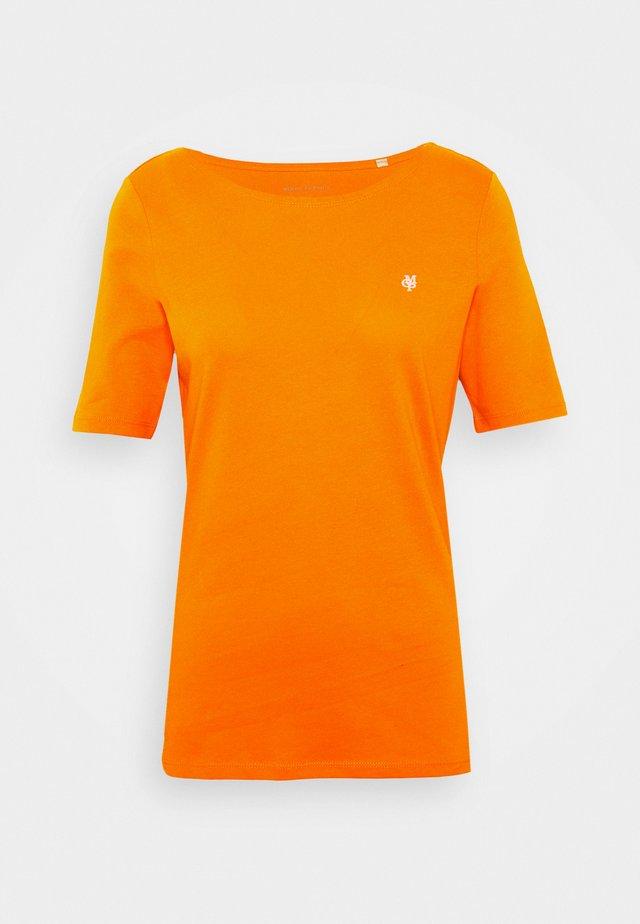 SHORT SLEEVE ROUNDNECK - T-shirt basic - sunbaked orange
