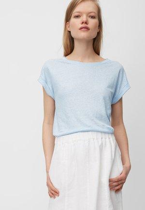 Basic T-shirt - silent sea