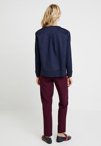 Marc O'Polo - BLOUSE PATCH - Blůza - deep atlantic - 2