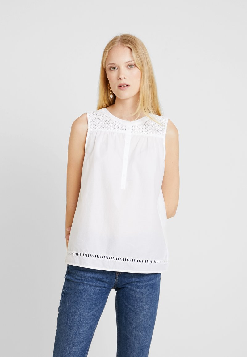 Marc O'Polo - BLOUSE SLEEVELESS EMBROIDERY QUALITY PATCH - Bluse - white