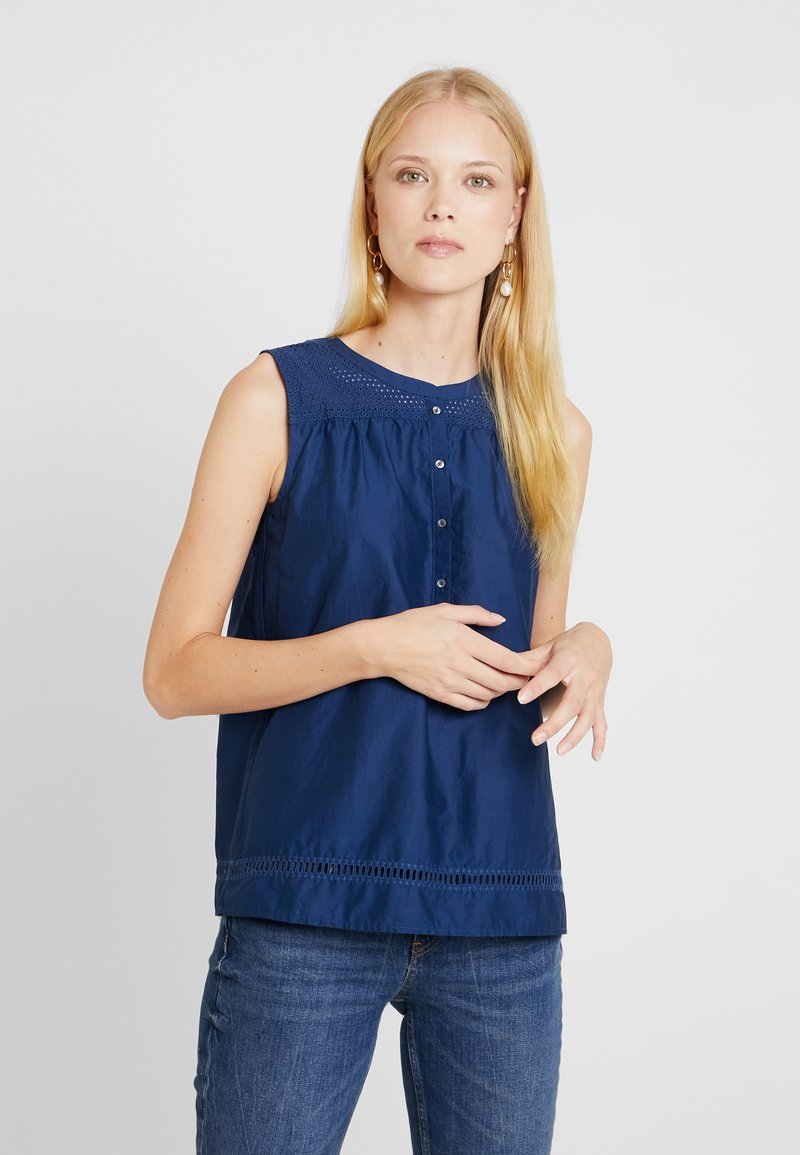 Marc O'Polo - BLOUSE SLEEVELESS EMBROIDERY QUALITY PATCH - Bluser - tinted ink