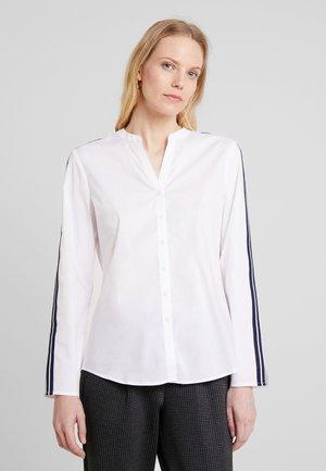 BLOUSE CREW NECK SLIT - Blus - white