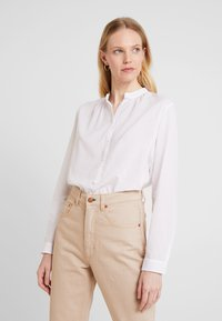 Marc O'Polo - BLOUSE NECK WITH GATHERING - Bluzka - white - 0
