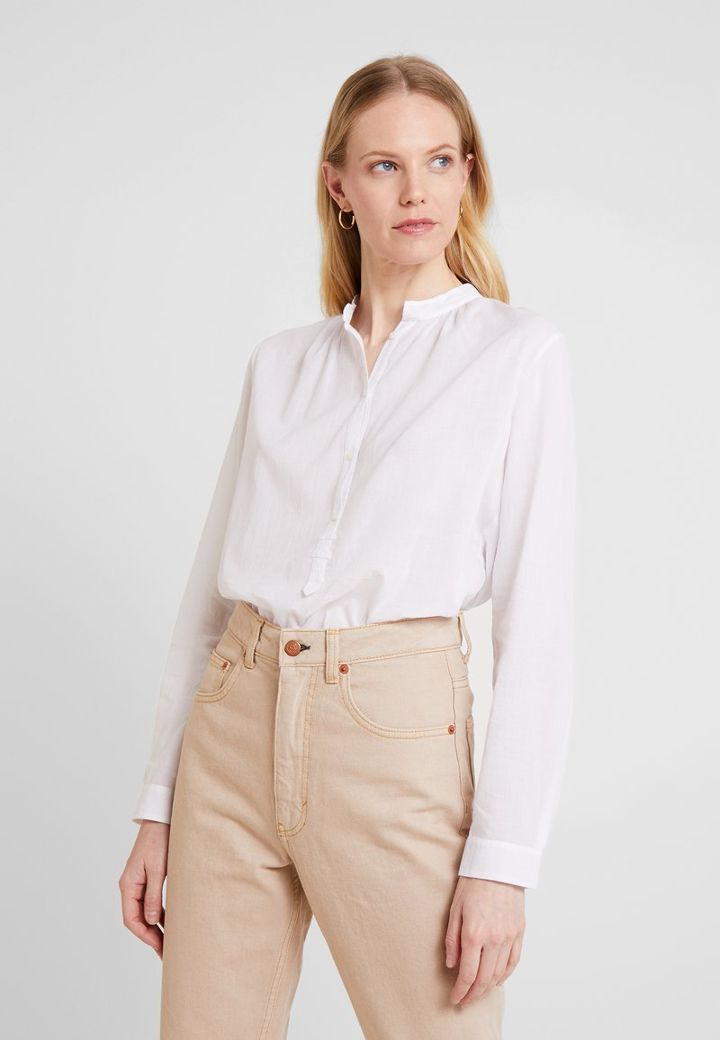 Marc O'Polo - BLOUSE NECK WITH GATHERING - Bluzka - white