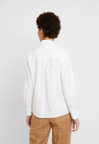 Marc O'Polo - BLOUSE LONG SLEEVED - Button-down blouse - off white - 2