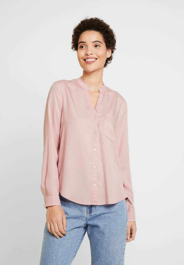 BLOUSE ROUND NECK WITH FRINGES - Button-down blouse - strawberry cream
