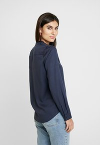 Marc O'Polo - BLOUSE ROUND NECK WITH FRINGES - Overhemdblouse - midnight sea - 2
