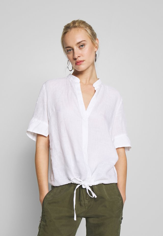 SPORTY STYLE - Bluse - white