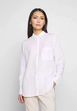 BLOUSE LONG SLEEVED EASY SHAPED CHEST POCKET - Button-down blouse - white