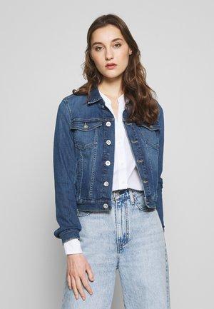 Denim jacket - light summer wash