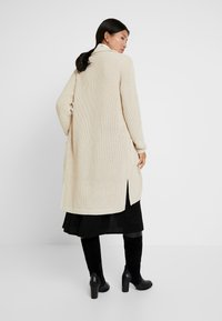 Marc O'Polo - CARDIGAN LONGSLEEVE HIGH COLLAR BUTTONS COZY - Chaqueta de punto - honey milk - 2