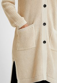 Marc O'Polo - CARDIGAN LONGSLEEVE HIGH COLLAR BUTTONS COZY - Chaqueta de punto - honey milk - 5