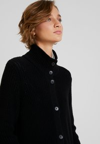Marc O'Polo - CARDIGAN LONGSLEEVE HIGH COLLAR BUTTONS COZY - Cardigan - black - 5