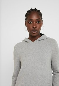 Marc O'Polo - Bluza z kapturem - light stone melange - 4