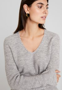 Marc O'Polo - Jumper - light stone melange - 5