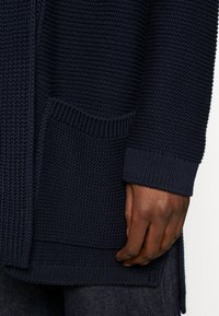 Marc O'Polo - CARDIGAN LONGSLEEVE HOODED WITH PATCHED POCKETS - Kardigan - night sky - 5