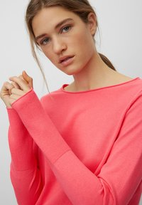 Marc O'Polo - BASIC SHAPE WITH STRUCTURE DETAILS - Trui - mottled pink - 4