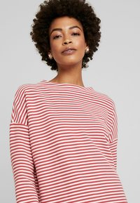 Marc O'Polo - LOOSE FIT - Maglione - red - 3
