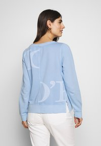 Marc O'Polo - SHIRT AT BACK - Sweatshirt - fresh spring sky - 2