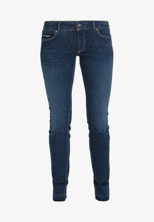 TROUSER LOW WAIST LEG - Vaqueros slim fit - blue denim