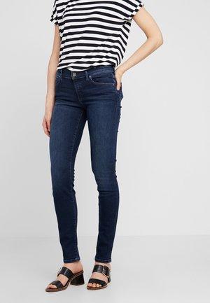 TROUSER MID WAIST SLIM LEG - Jeans slim fit - authentic deep ink denim