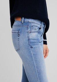 Marc O'Polo - TROUSER - Slim fit jeans - light authentic denim mid blue - 4