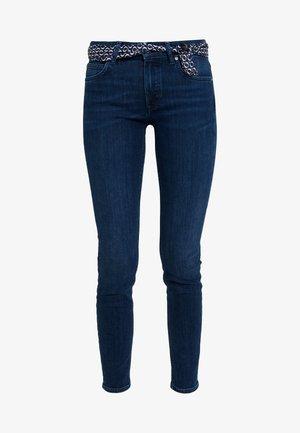 TROUSERS MID WAIST - Slim fit jeans - deep ink cozy denim