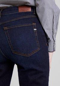 Marc O'Polo - TROUSER HIGH WAIST - Slim fit jeans - dark blue denim - 3