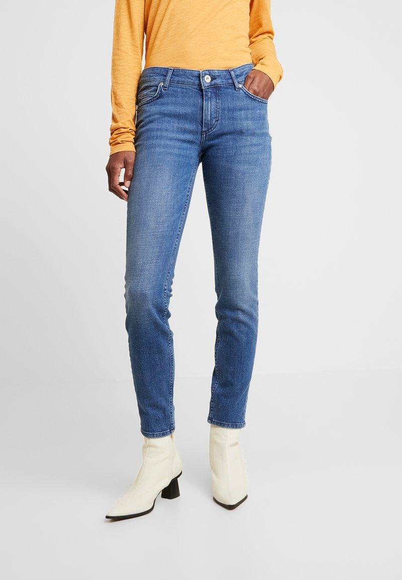 Marc O'Polo - TROUSER SLIM LEG - Slim fit jeans - blue forest wash