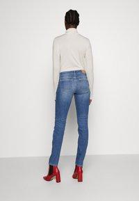 Marc O'Polo - TROUSER MID WAIST - Slim fit jeans - dark-blue denim - 2