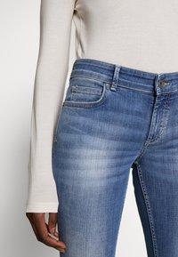 Marc O'Polo - TROUSER MID WAIST - Slim fit jeans - dark-blue denim - 4