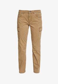 Marc O'Polo - POCKET CARGO STYLE MID WAIST SLIM LEG - Pantalon classique - mild tobacco - 4