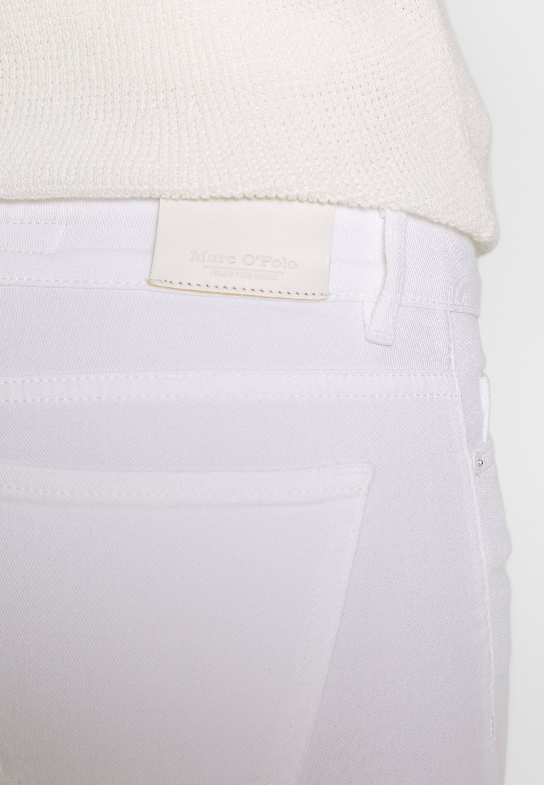 Marc O'Polo TROUSER CROPPED LENGTH - Jeans slim fit - white denim wash