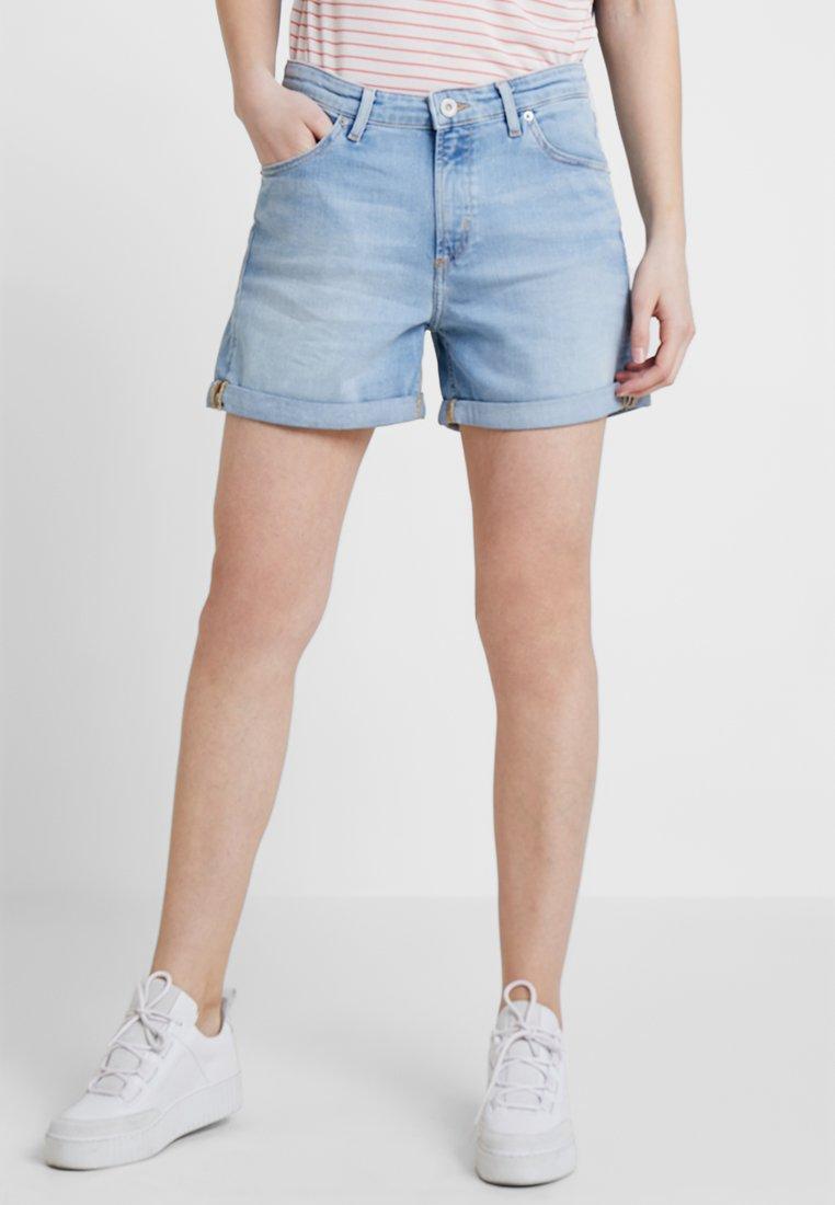 Marc O'Polo - REGULAR FIT ROLL UP - Denim shorts - sunshine