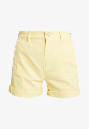 DENIM SHORTS, REGULAR FIT, SHORT LE - Jeans Short / cowboy shorts - bright yellow