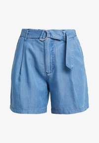 Marc O'Polo - PATCHED POCKETS - Jeansshorts - light blue denim - 4