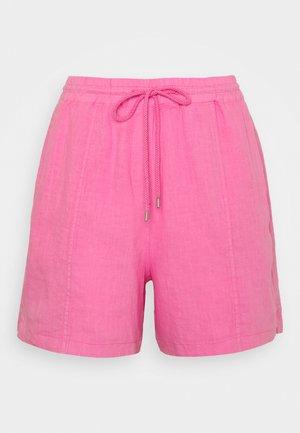 Shorts - sunlit coral