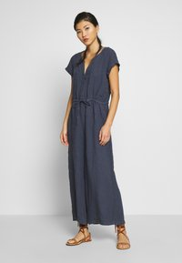Marc O'Polo - OVERALL SHORT SLEEVES COLDDYE - Jumpsuit - silent sea - 0