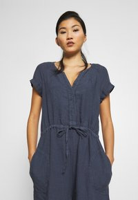 Marc O'Polo - OVERALL SHORT SLEEVES COLDDYE - Jumpsuit - silent sea - 3
