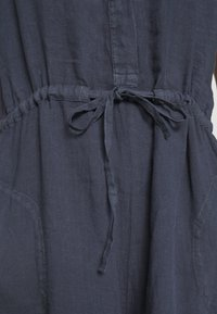 Marc O'Polo - OVERALL SHORT SLEEVES COLDDYE - Jumpsuit - silent sea - 6