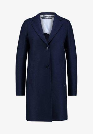 Zimní kabát - tinted ink